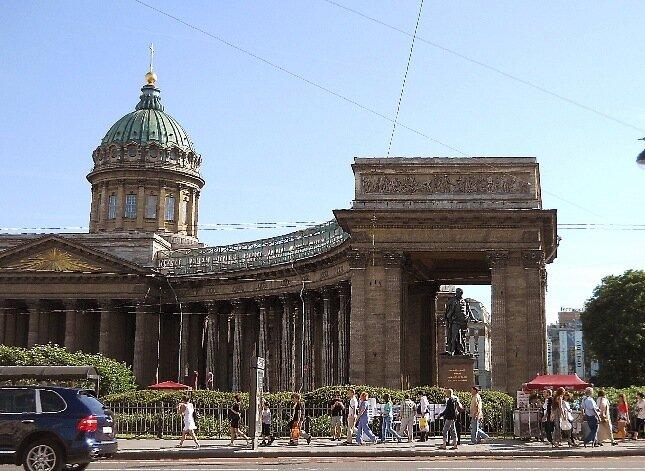 Казанский собор (западное крыло)