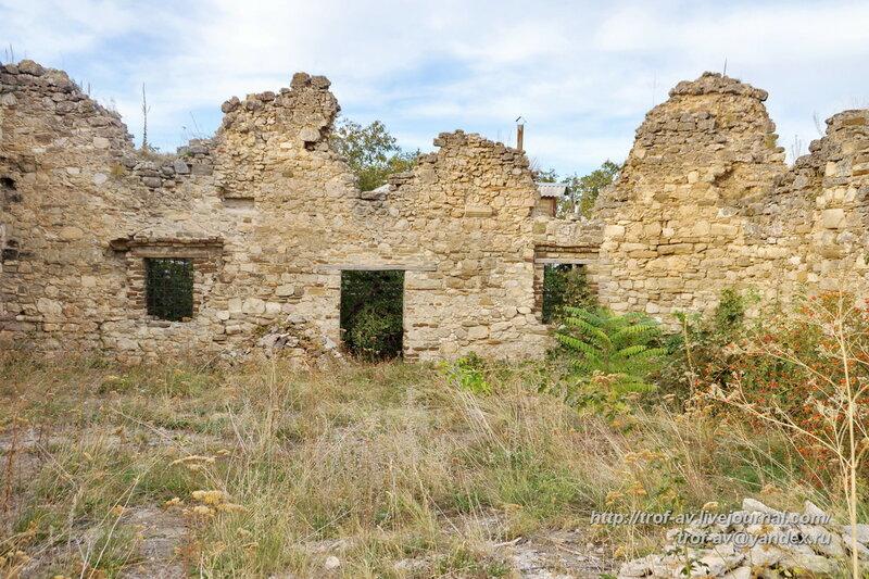 Руины мечети Бейбарса, XIII век, Старый Крым