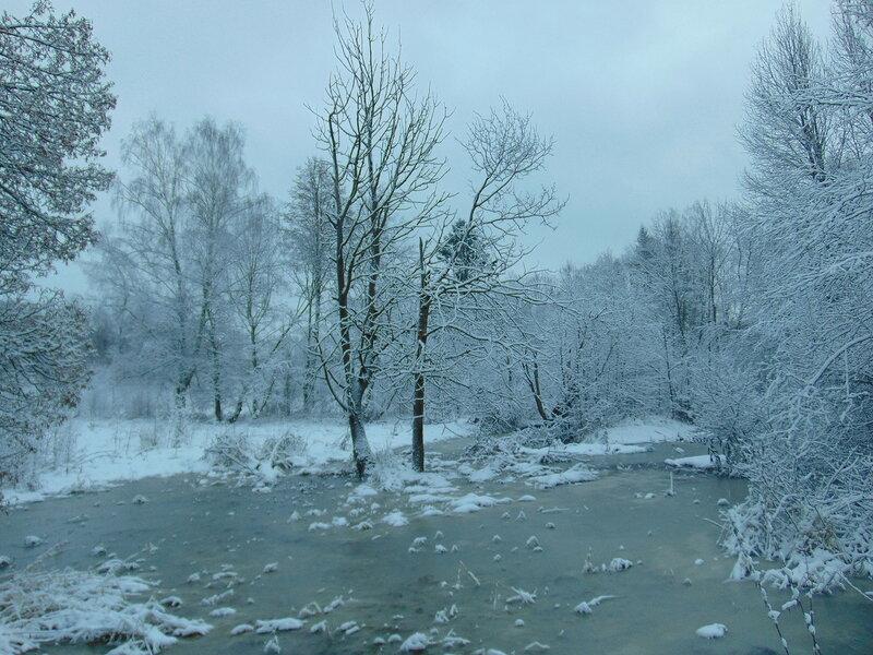 Снег и вода.