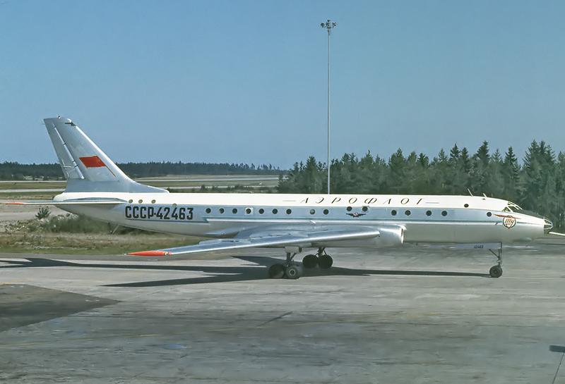Aeroflot_Tu-104A_CCCP-42463_ARN_Jul_1966.png