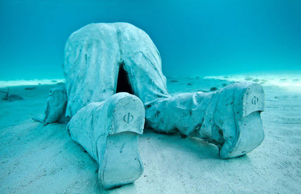 Подводный домосед. Эту сцену окрестили «Инерция». Национальный Водный Парк Канкуна. (Фото Jas