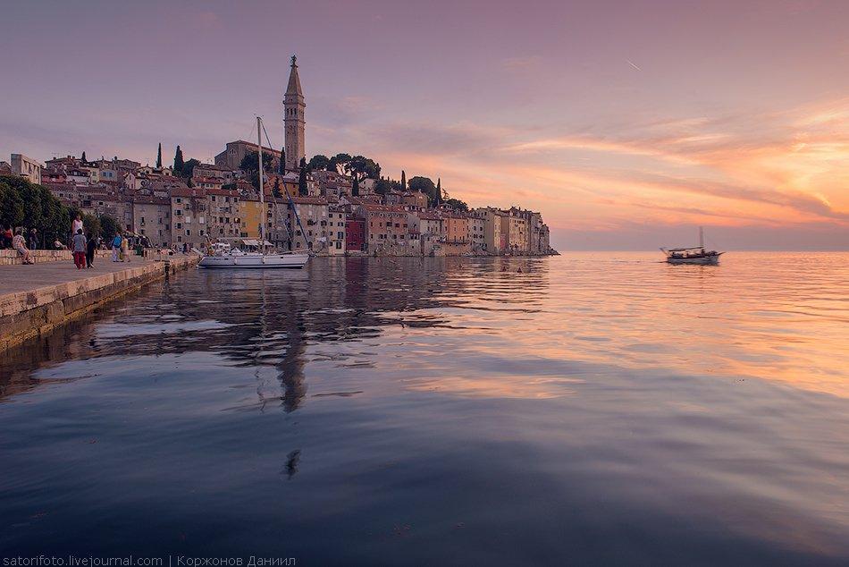 Вот она — маленькая Венеция...  (Кликабельно, 1350×901 px):