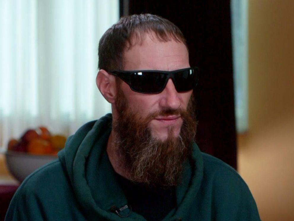 Круговорот добра: пожертвованные бедным парнем 20$ кардинально изменили его жизнь