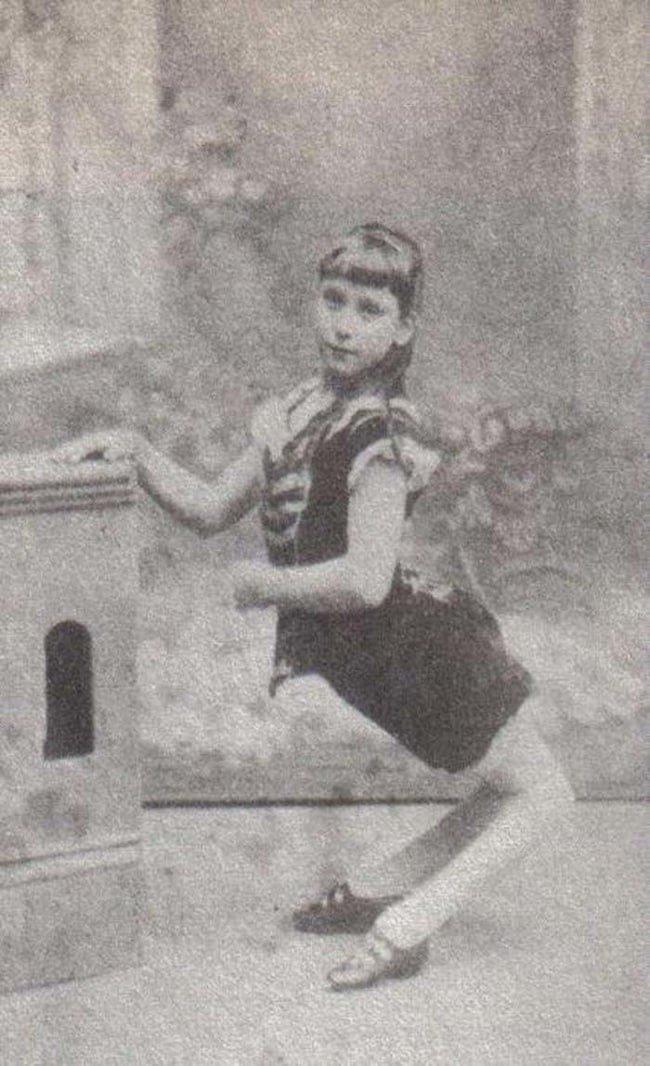 Лусия Сарате, самая маленькая женщина в мире   Её вес составлял всего 2,5 килог