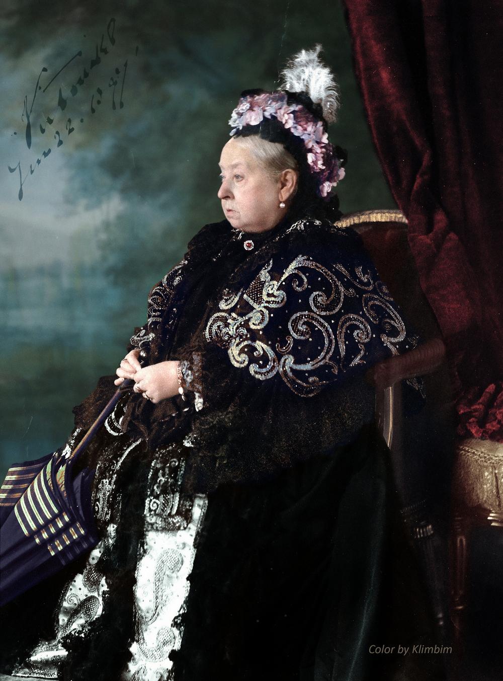 Ольга Ширнина. Раскрашивая исторические снимки.
