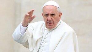 Папа Франциск осуждает войну и террористов