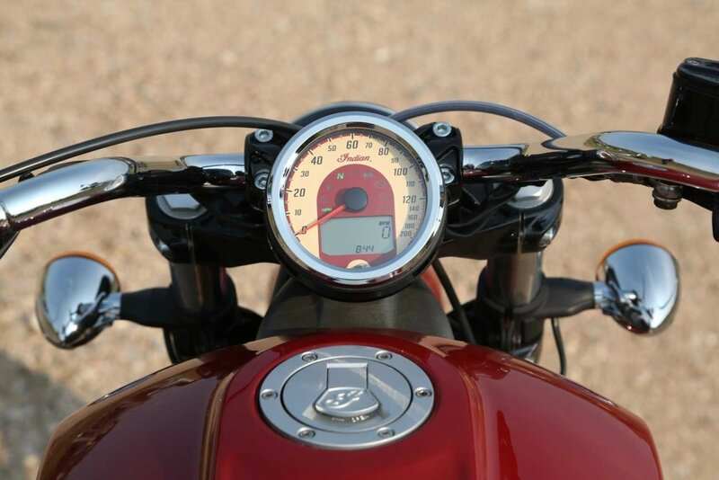 Indian-Scout-2015-015.jpg