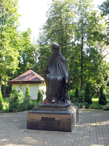Памятник Савве Сторожевскому
