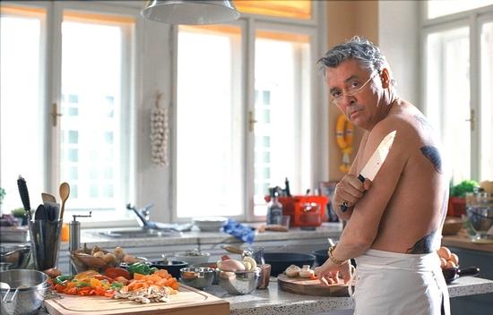Смотреть онлайн голый повар думаю