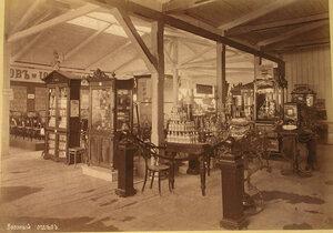 Вид части зала с экспонатами Ввозного отдела выставки.