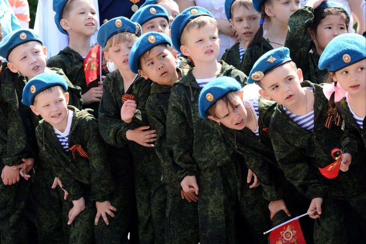 Между правдой и ложью: Про Парад детских войск в Ростове-на-Дону (22)