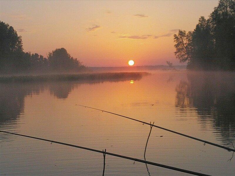 картинки рыбалка на рассвете известно том