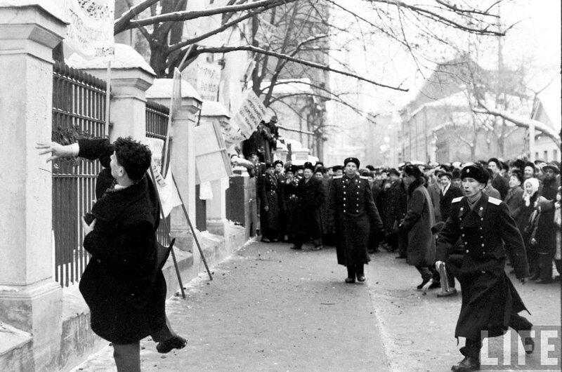 399432 Демонстрация у посольства Бельгии.jpg