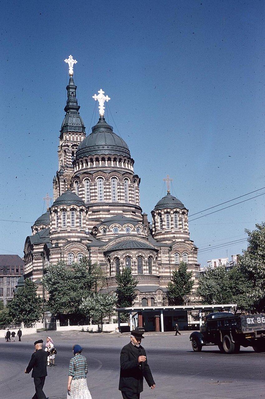 Вид куполов Благовещенского собора