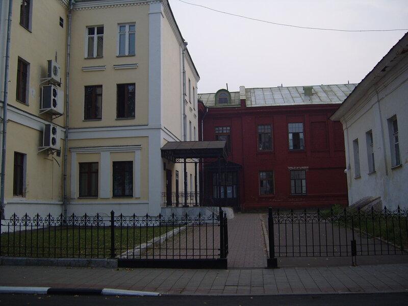 """Здание """"родилки"""" на Набережной выставят на торги."""