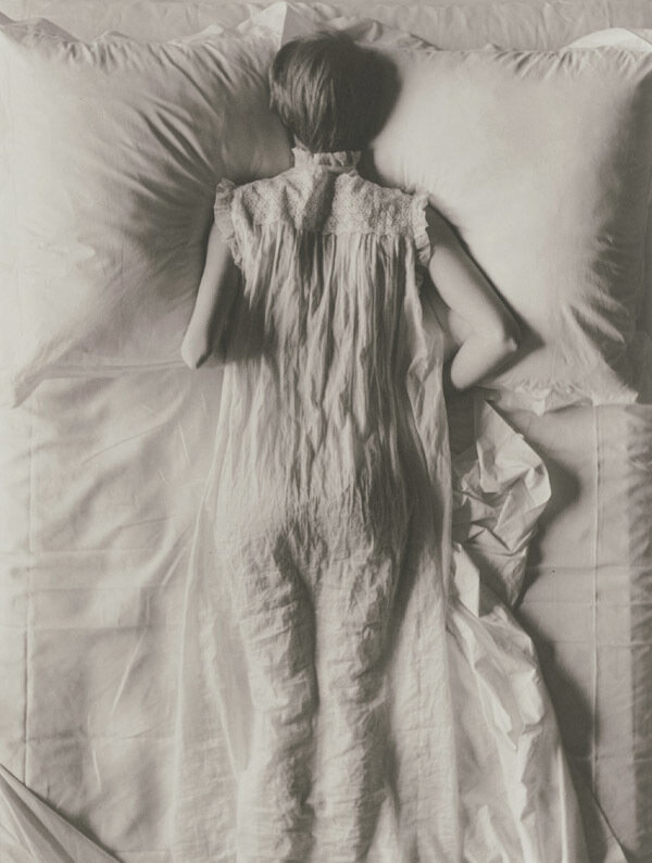 Irving Penn - Girl in Bed