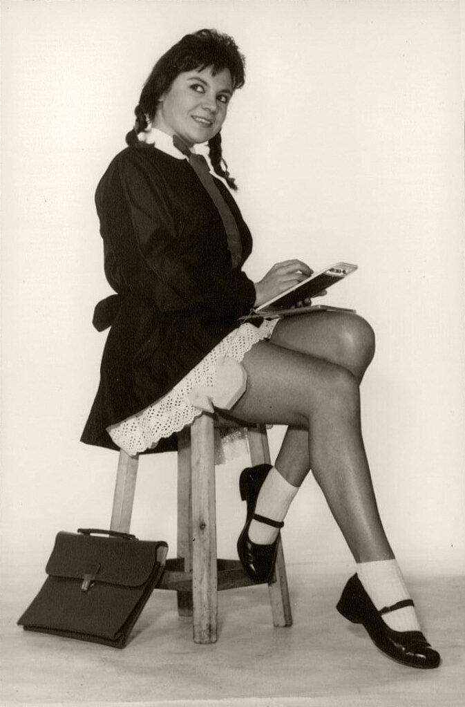 schoolgirl 1960s.jpg