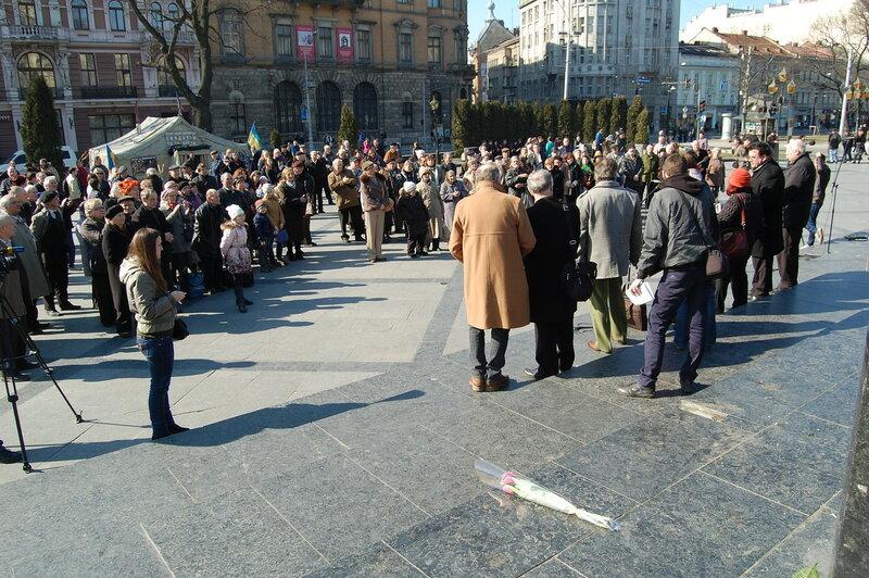 9 марта 2015 г. у памятника Шевченко