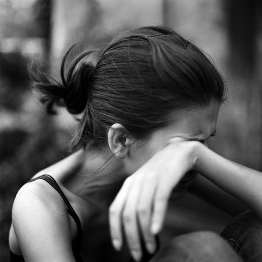 К чему снятся свои слезы: предсказания толкователей
