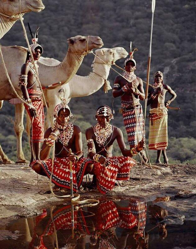 Фотографии самых необычных народов Земли 0 11b4f1 53672474 XL