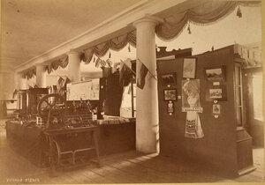 Вид части зала в Учебном отделе выставки.