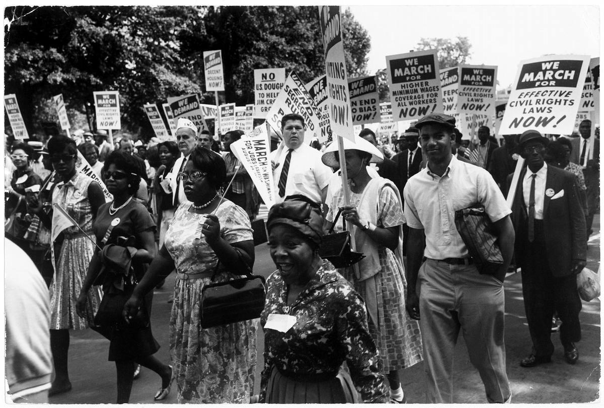 Смотреть фото лезбиянок нигритянки белые 11 фотография