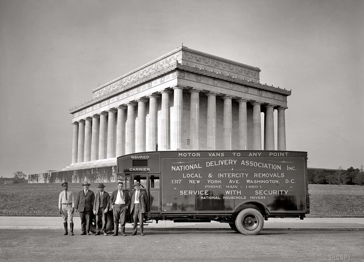 Грузовые автомобили начала 20-го века на снимках американских фотографов (26)