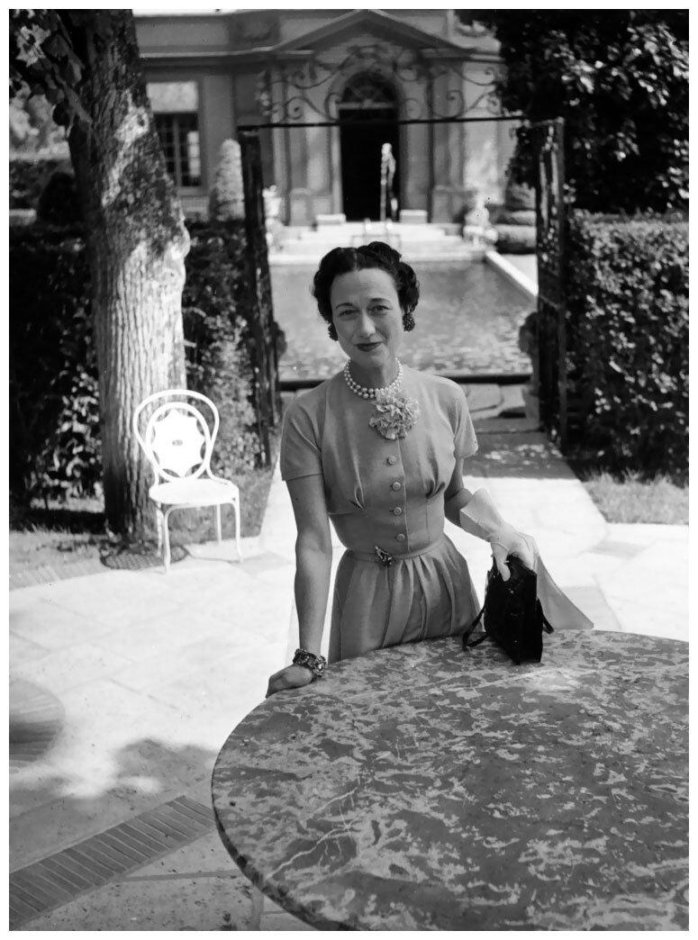 1949. Герцогиня Виндзорская  01 января 1949 года в Версале