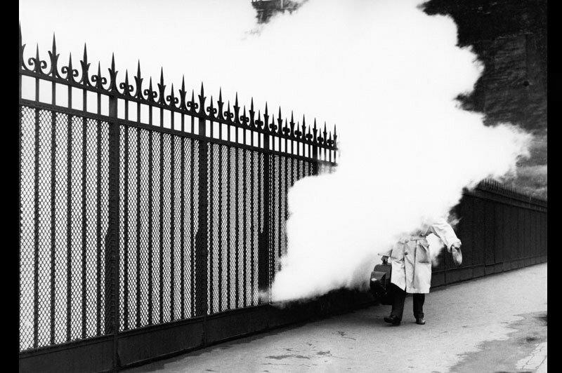 1957. Выброс пара. Париж