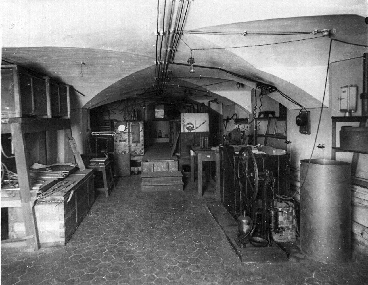 16. Вид лаборатории