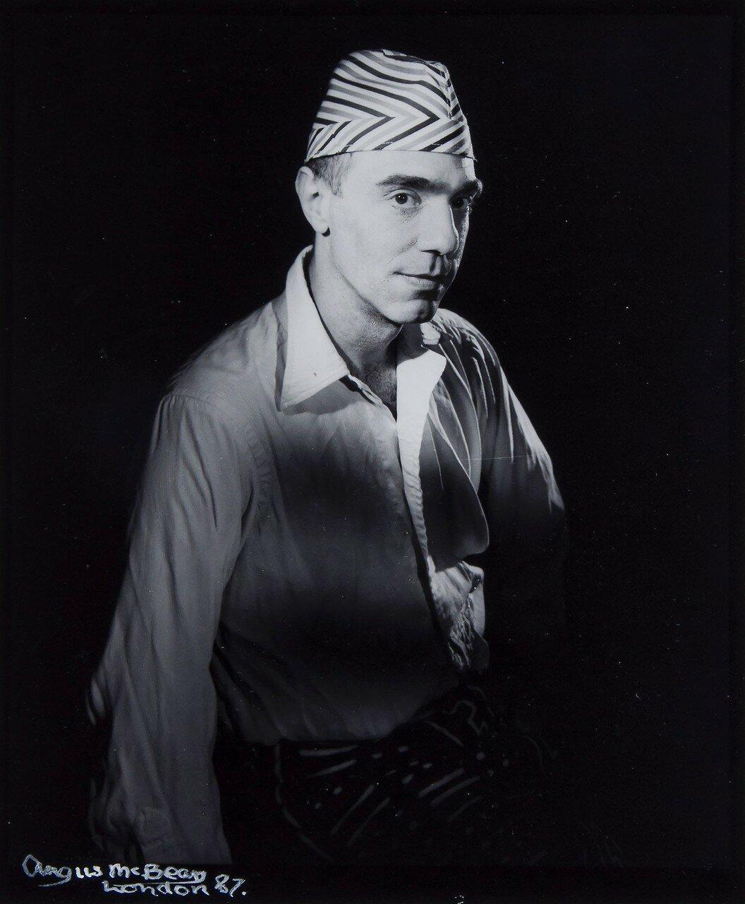 1987. Дерек Джармен