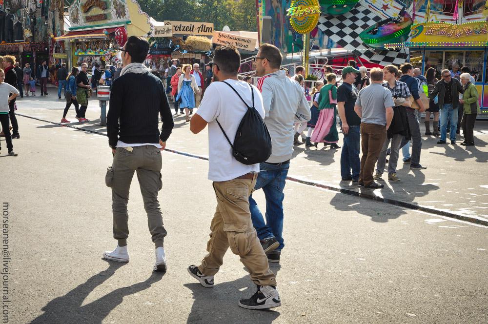 boys-Oktoberfest-(28).jpg