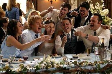 Устав гостя на свадьбе