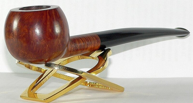 Fribourg & Treyer University prince 173 pipe