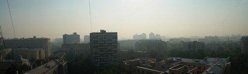 Восход солнца в дымной Москве