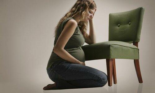 Депрессия матери вредит ребенку