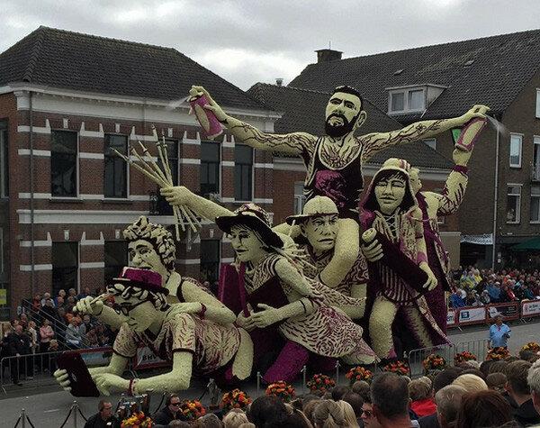 Фестиваль цветов в Голландии