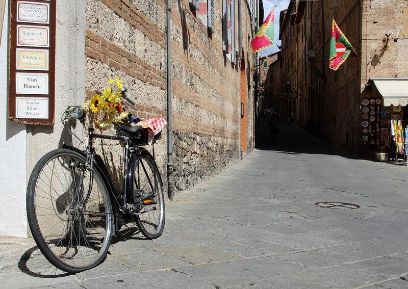 Велосипед в городе Сиена