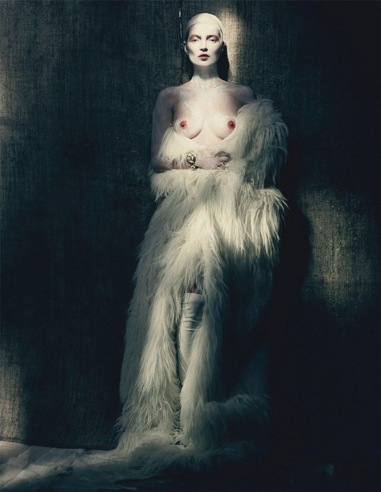 Раскрашенная Кейт Мосс / Kate Moss by Paolo Roversi in W Magazine april 2015