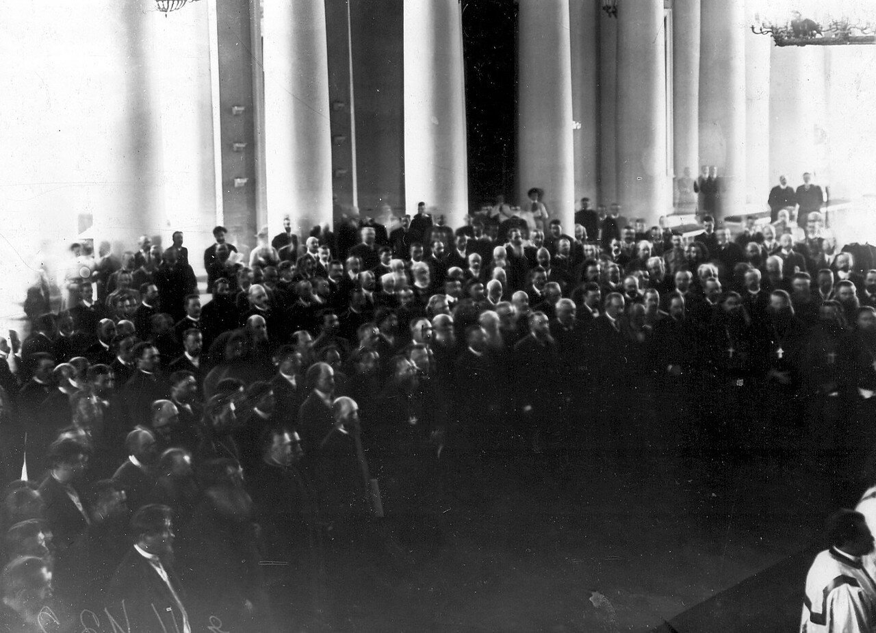 Молебен по случаю открытия Третьей Государственной думы в Колонном зале Таврического дворца