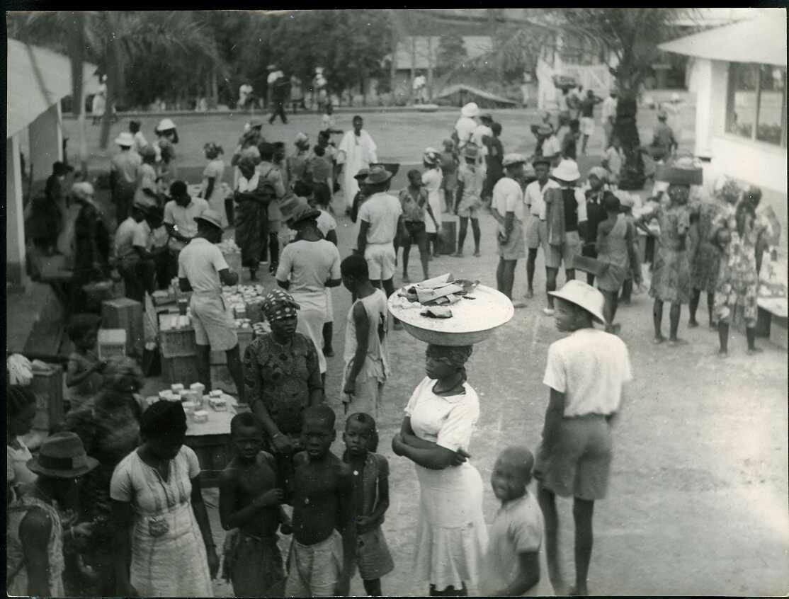 1943. Камерун