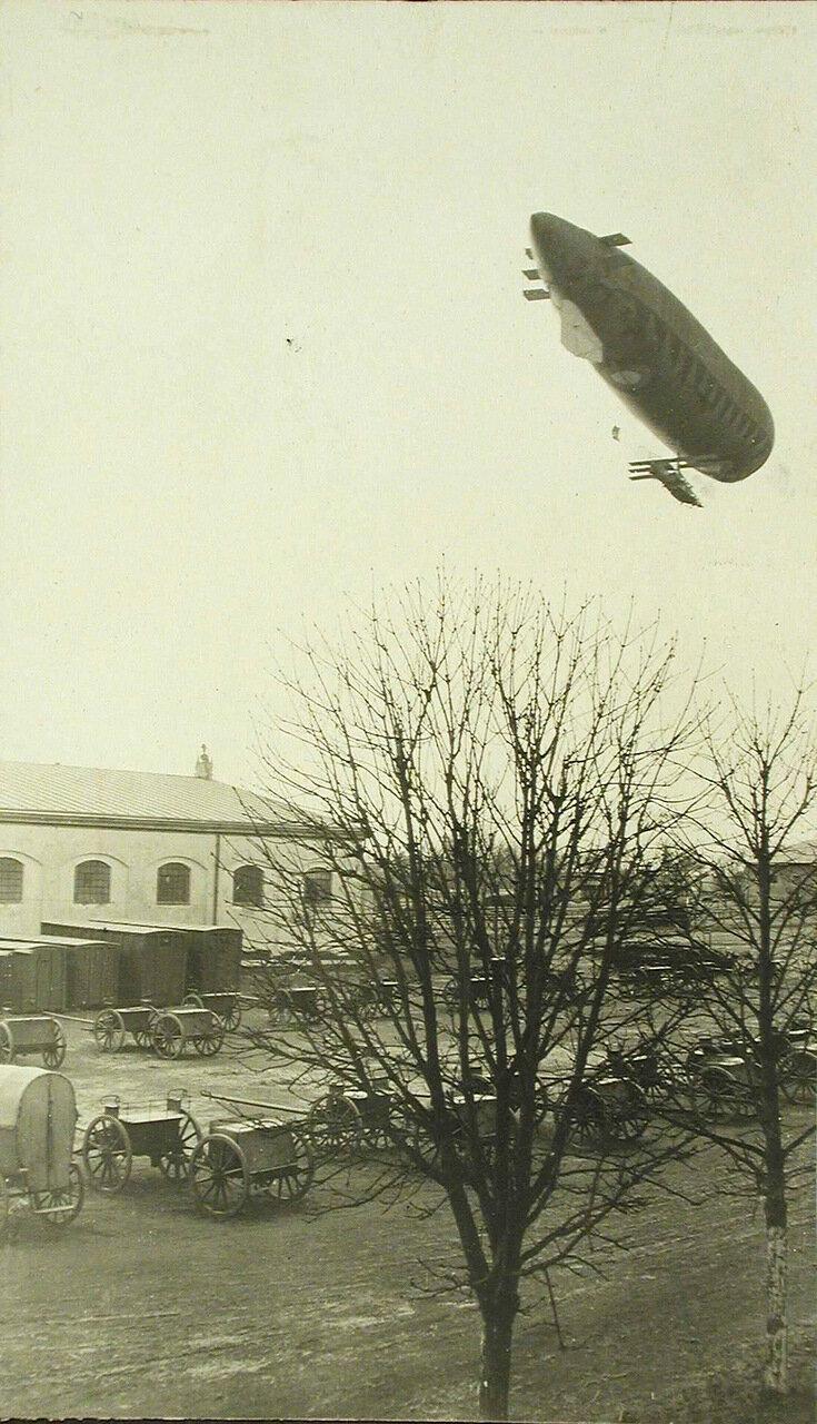 31. Аэростат Кондор во время пробного полета