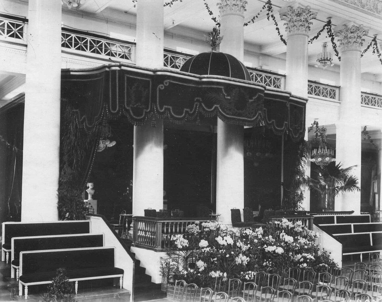 05. Императорская ложа в зале Дворянского собрания. 1913