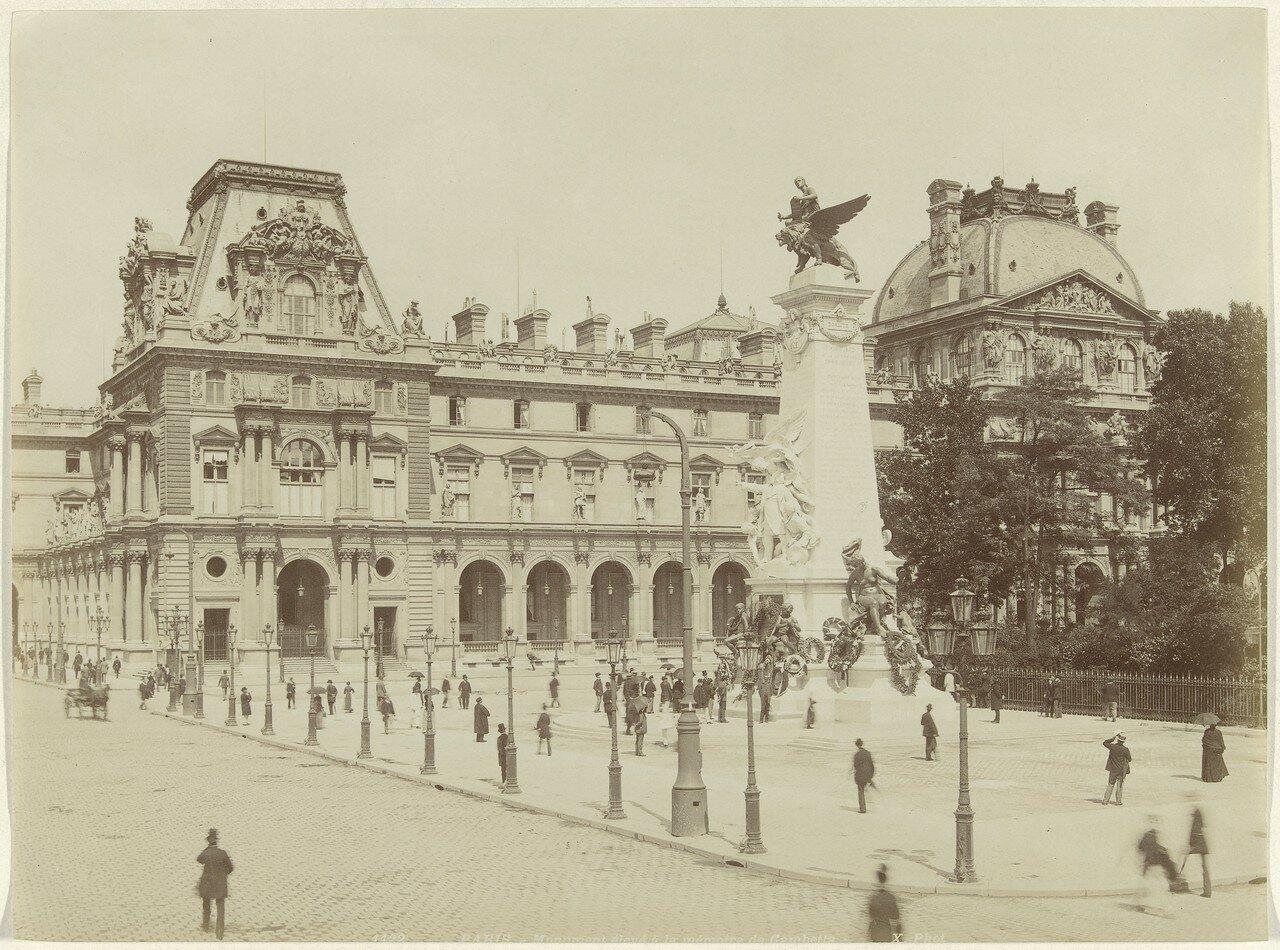 1870-е. Памятник Гамбетта на площади Каррузель возле Тюильри