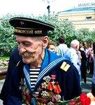 9 мая 2010г. День Победы,сквер у Большого.
