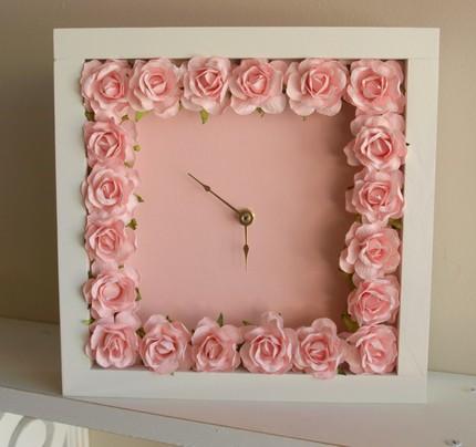 Часы в винтажном стиле