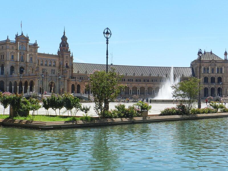 Испанский август. Севилья. Площадь Испании