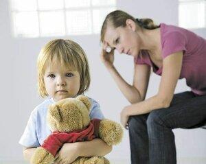 Депрессия матери является причиной аутизма ребенка