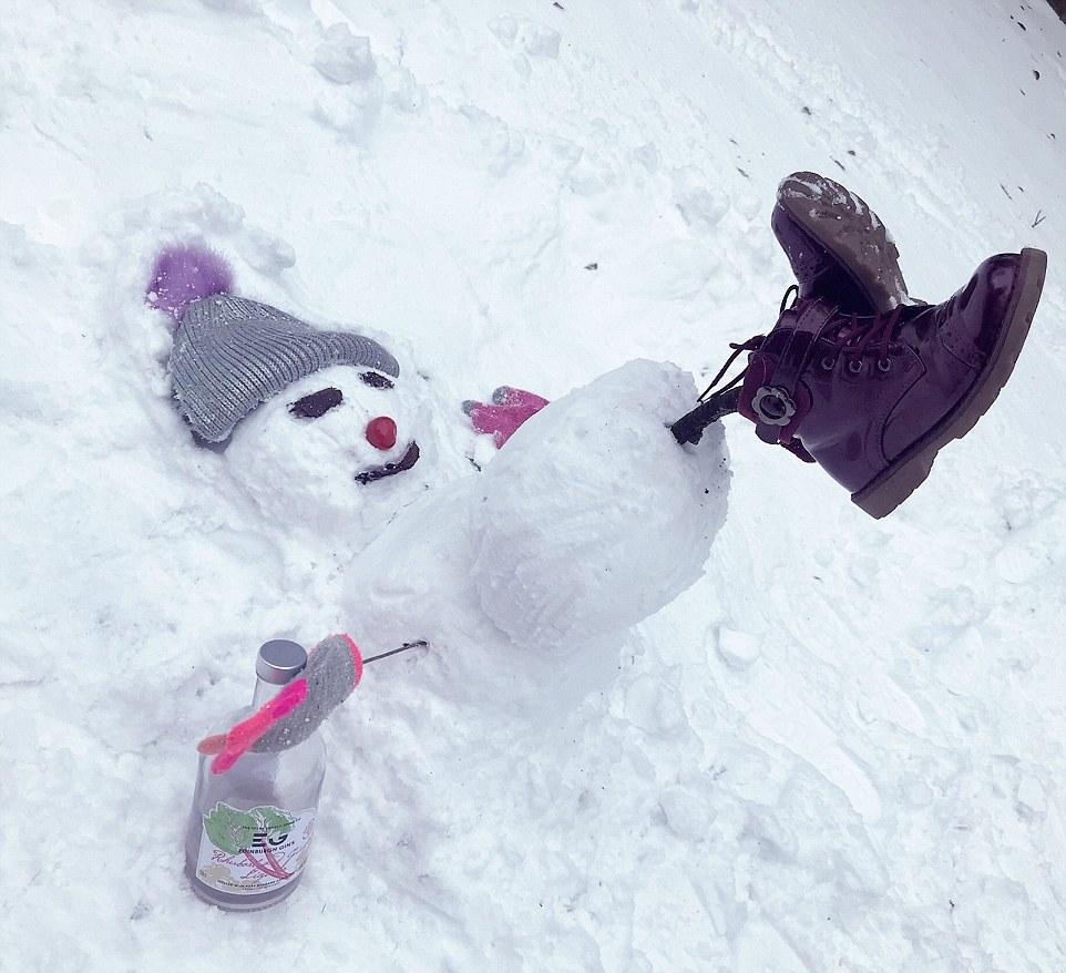 Массовый бой снежками и другие развлечения британцев