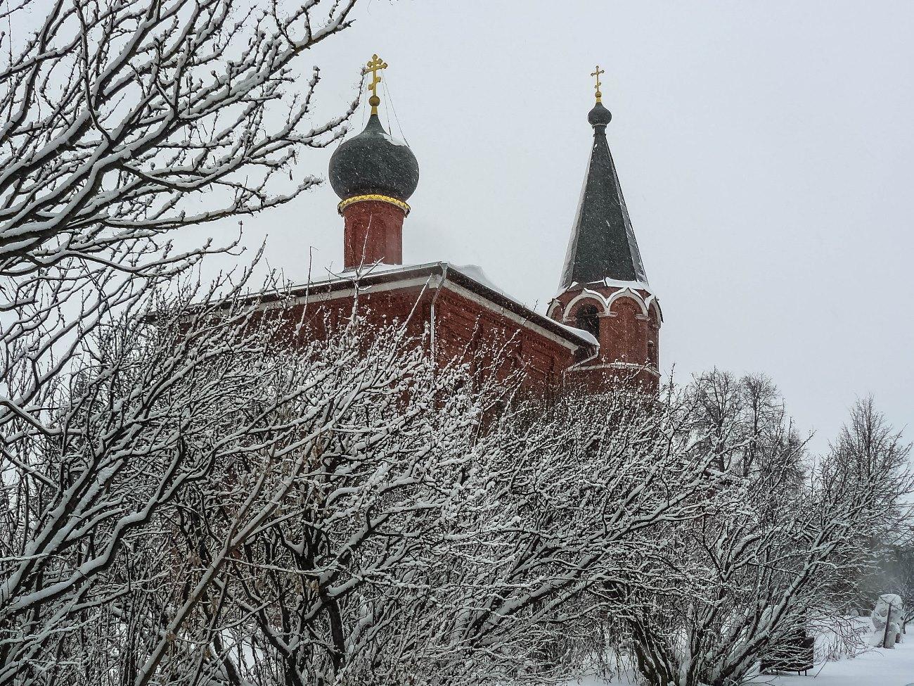 irina-fortuna-church-aksinino 01.jpg